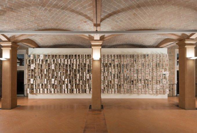 <em>Composizione non finita-infinita, </em>Bertozzi & Casoni, 2009<em><br /></em>