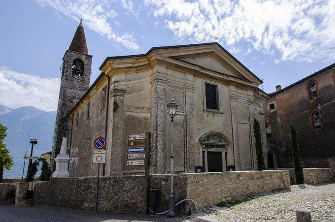 Borgo-Pieve-Tremosine-gioiello-lago-Garda
