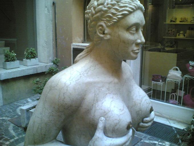 fontana tette