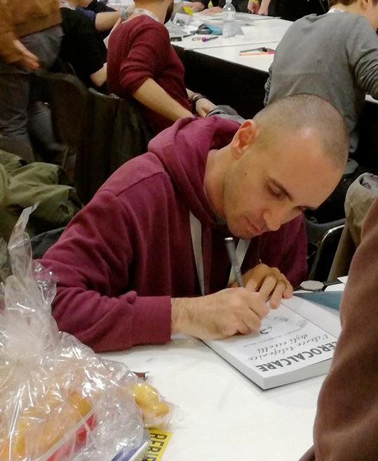 I firmacopie infiniti di Zerocalcare, qui al Lucca Comics