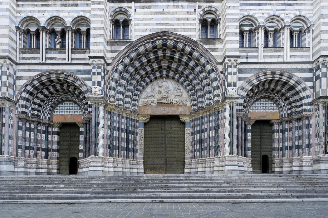 Se sei sfigato in amore, la Cattedrale di San Lorenzo a Genova ha la soluzione per te