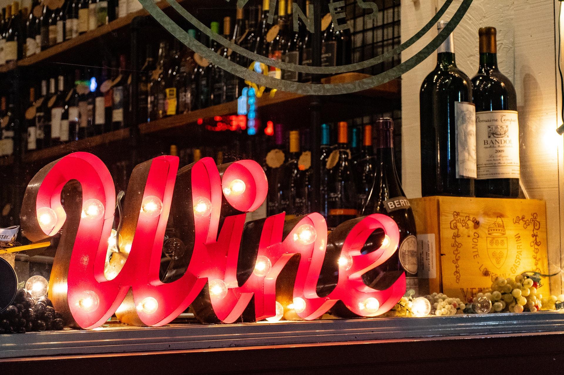 I regali perfetti per quel tuo amico tanto esperto di vini