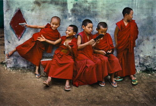 Bylakuppe, India, 2001 ©Steve McCurry