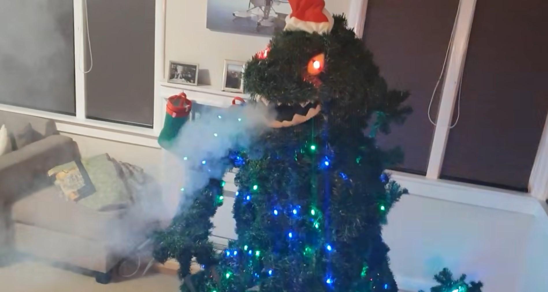Un Godzilla come albero di Natale, per delle feste mostruose!