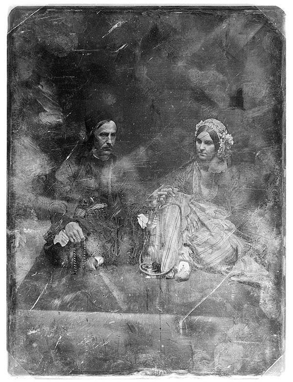 Ritratto di un quarantenne e di sua figlia, in tenuta orientale (fra il 1850 e il 1860)