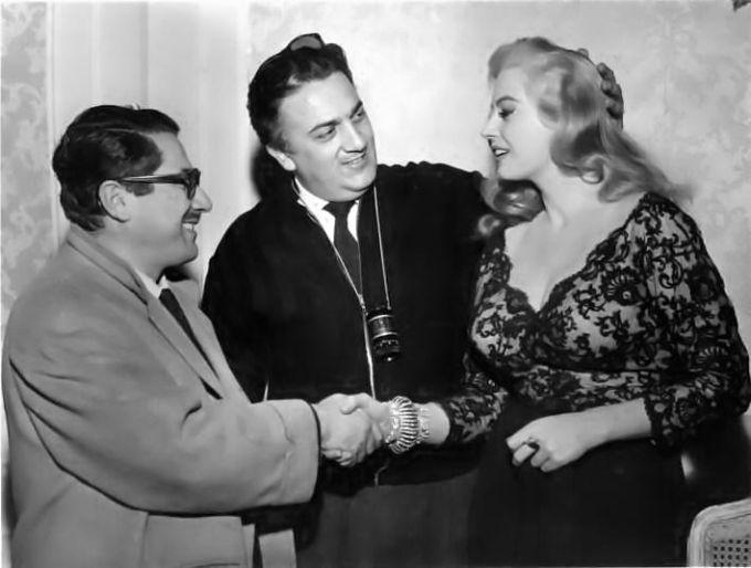 Ennio Flaiano, Federico Fellini e Anita Ekberg sul set di La Dolce Vita