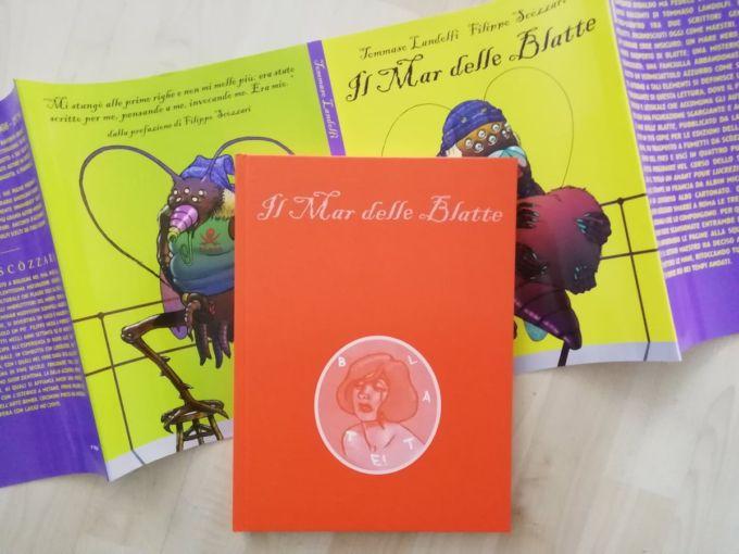 Il Mar delle Blatte nella sua versione romanzo e a fumetti – Foto dell'autore