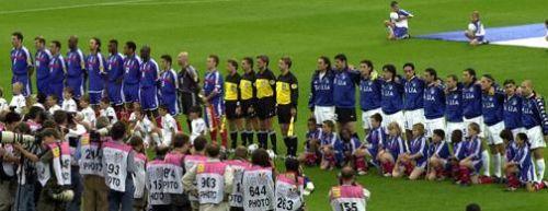 Italia e Francia nella finale degli Europei del 2000
