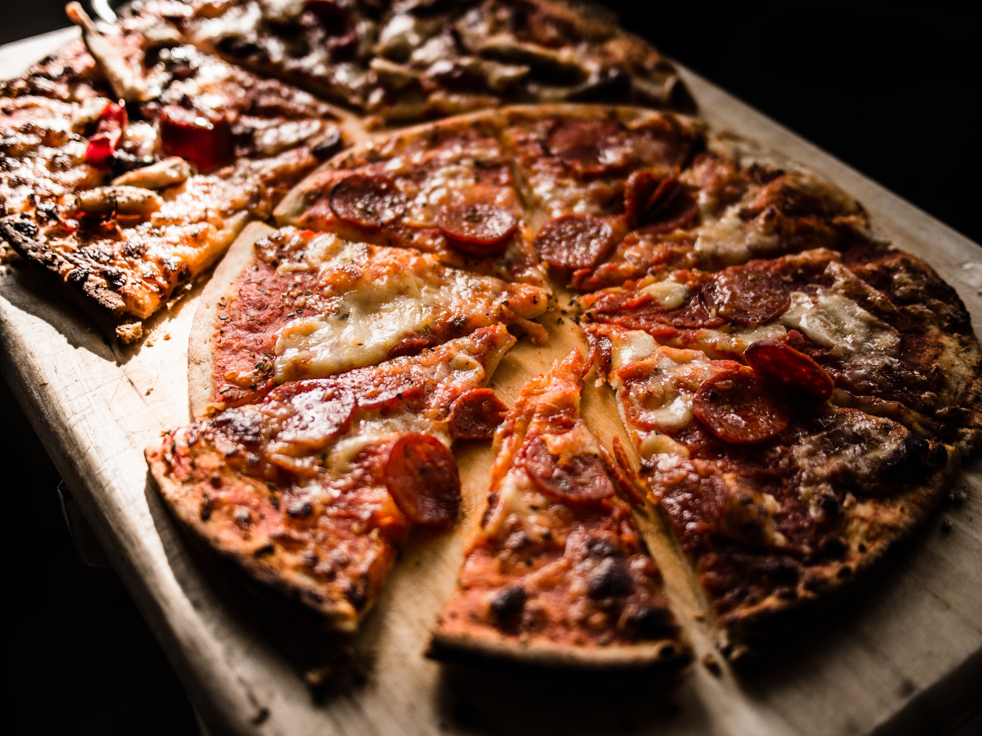 .deep dish pizza and pepperoni