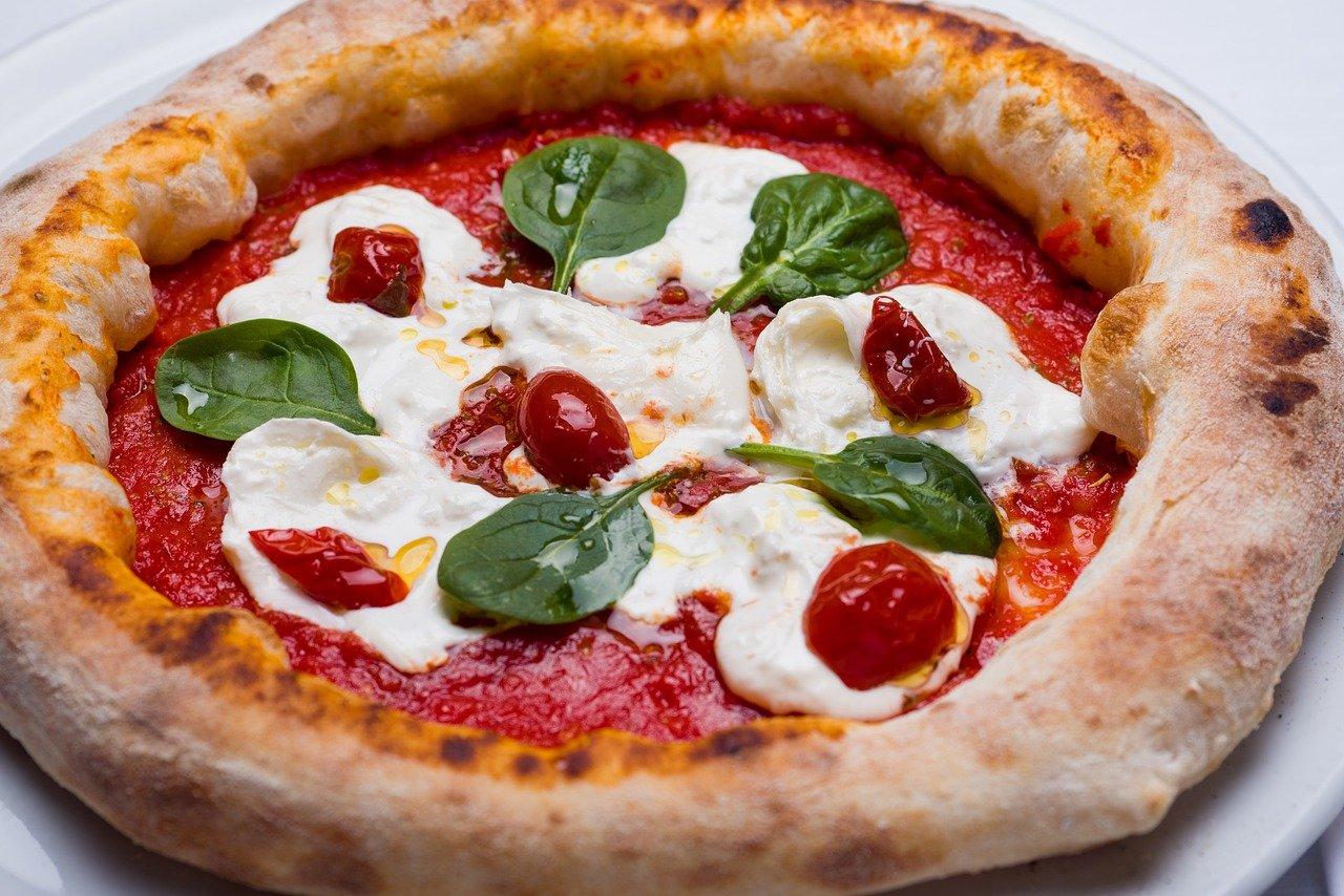5 articoli indispensabili per fare la pizza - DailyFood