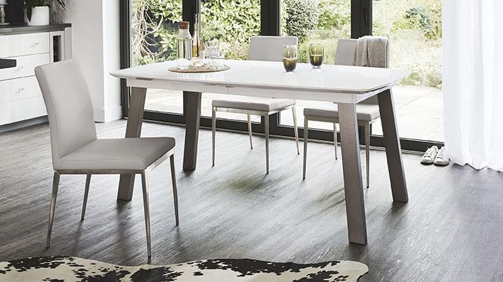 Extending White Gloss Dining Table Seats 8 Brushed Metal : assi white gloss extending dining table from www.danetti.com size 720 x 405 jpeg 115kB
