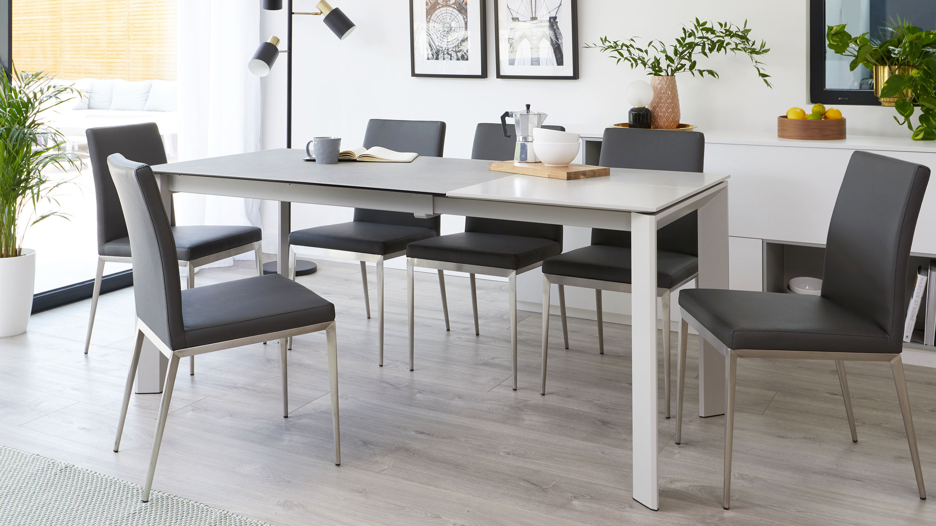 Louis Extending Light Grey Ceramic Dining Table | Danetti