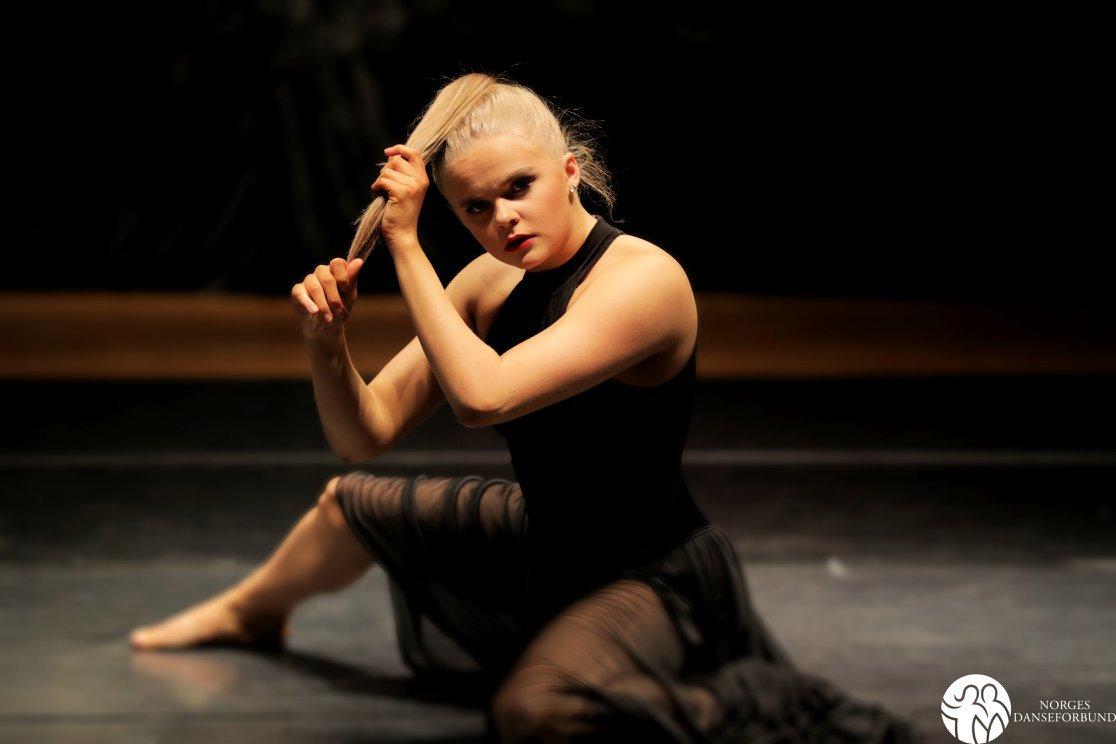 Danser: Carina Sogn Stave (Foto Norges Danseforbund)