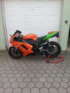 Kawasaki zx6r 2007 god.