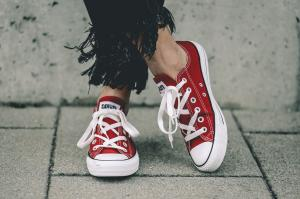 SOVIET Viper Lo Cut Sneakers Red 36-41