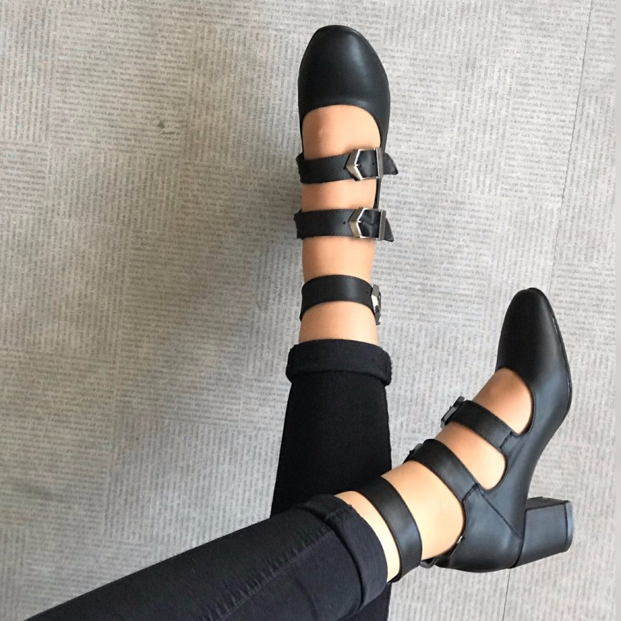 Carmen Mini Siyah Cilt Ayakkabı