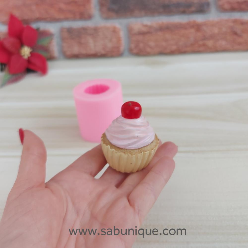 Vişneli Cupcake Silikon Kalıbı
