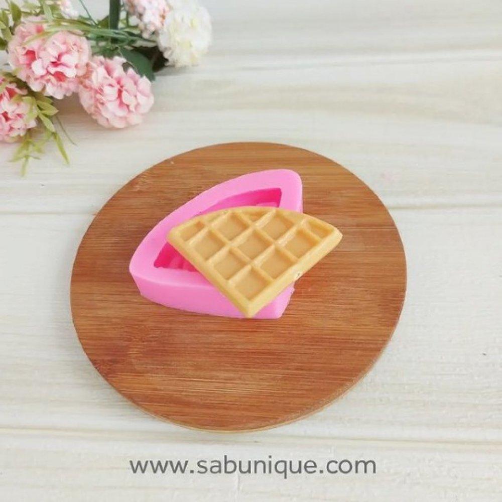 Üçgen Waffle Silikon Kalıbı