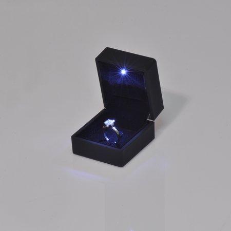 Işıklı Tektaş Yüzük Kutusu Mat 6x6.5 cm Tırnaklı Siyah