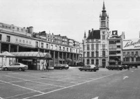 'Colonnades Building'