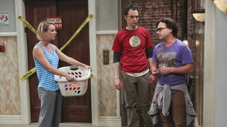 "Penny, Sheldon und Lennard in ""The Big Bang Theory"""