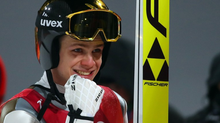 Andreas Wellinger holte Olympia-Gold auf der Normalschanze (Foto: REUTERS)