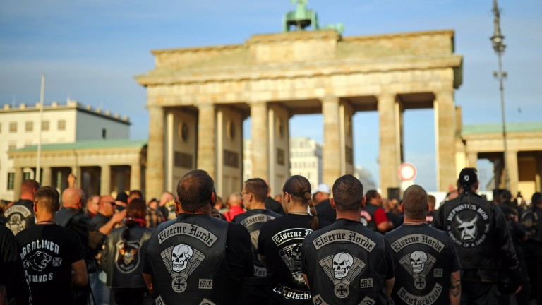 Motorcyclists gather near the Brandenburg Gate as they participate in the Hells Angels demonstration in Berlin, Germany, September 8, 2018. REUTERS/Hannibal Hanschke