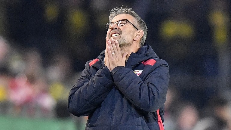 Union's head coach Urs Fischer reacts during the German soccer cup, DFB Pokal, match between Borussia Dortmund and second division club Union Berlin in Dortmund, Germany, Wednesday, Oct. 31, 2018. (AP Photo/Martin Meissner) |
