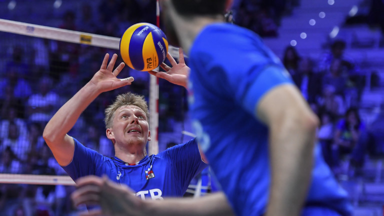 27.09.2018, Italien, Turin: 5648882 27.09.2018 Russia's Sergey Grankin passes during the men's World Championships volleyball match between USA and Russia in Turin, Italy, September 27, 2018. Vladimir Pesnya / Sputnik Foto: Vladimir Pesnya/Sputnik/dpa | (Foto: picture alliance/dpa)