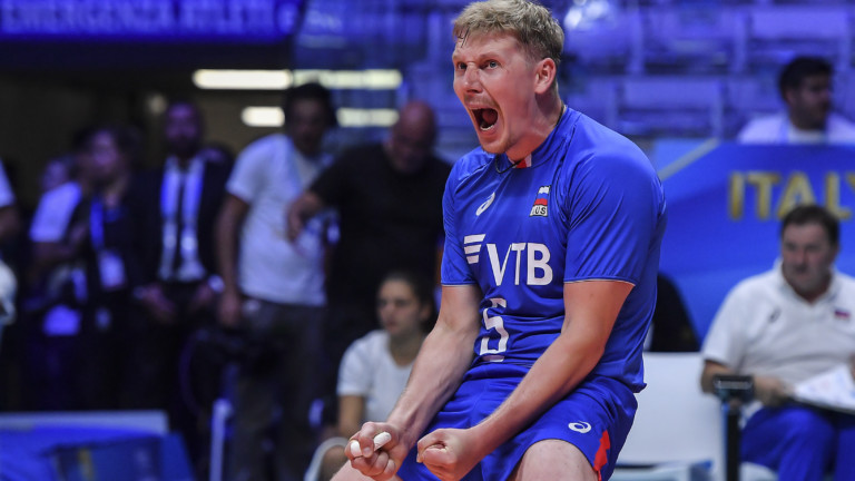 27.09.2018, Italien, Turin: 5648909 27.09.2018 Russia's Sergey Grankin celebrates after winning a point during the men's World Championships volleyball match between USA and Russia in Turin, Italy, September 27, 2018. Vladimir Pesnya / Sputnik Foto: Vladimir Pesnya/Sputnik/dpa  
