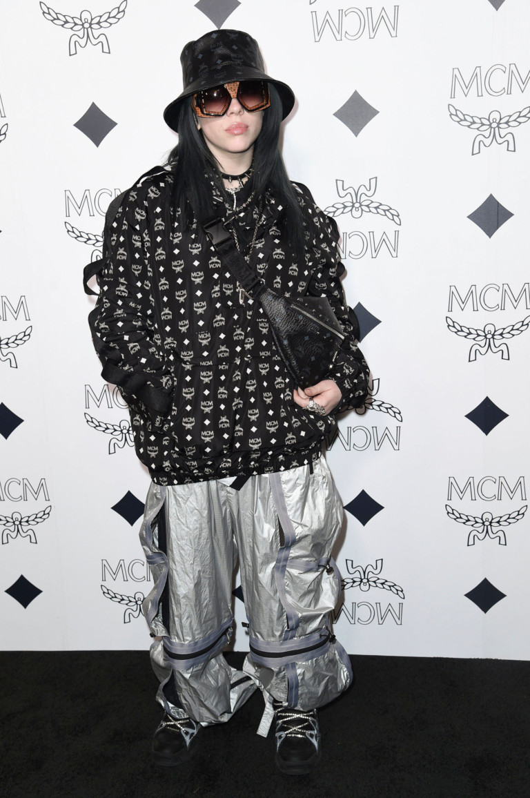 Billie Eilish attends the MCM Rodeo Drive grand opening on Thursday, March 14, 2019, in Beverly Hills, Calif. (Photo by Richard Shotwell/Invision/AP) [ Rechtehinweis: picture alliance/AP/Invision ] (Foto: picture alliance/AP Images)