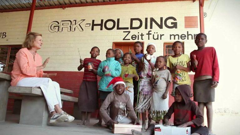 """Die Mangetti Dune Primary School konnte mit Hilfe von """"Ein Herz für Kinder"""" um eine Secondary School erweitert werden"""