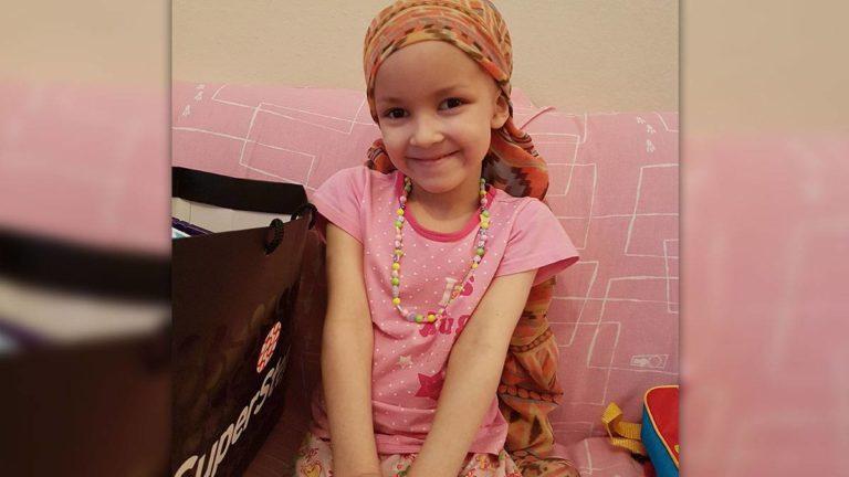 Daniella (6) bekämpft den Hirntumor in ihrem Kopf