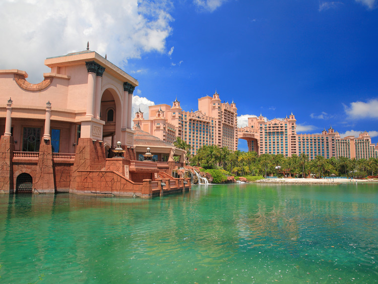full access to the atlantis resort buildings and attractions 21333 | f im jpg 750x563
