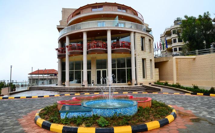 Golden Lili's Resort & Spa