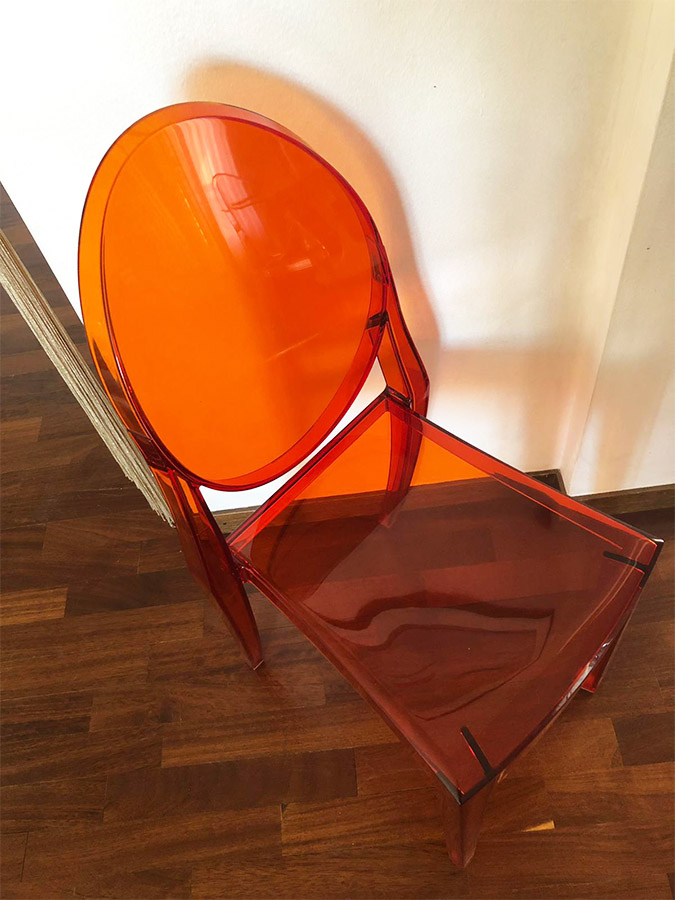 Victoria Ghost arancio, Kartell