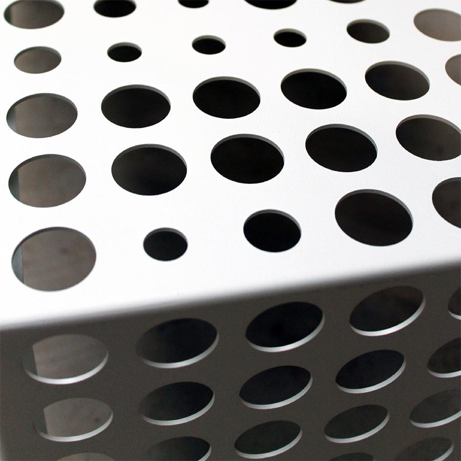Tavolino Holes, Nikla Steel Design - Deesup