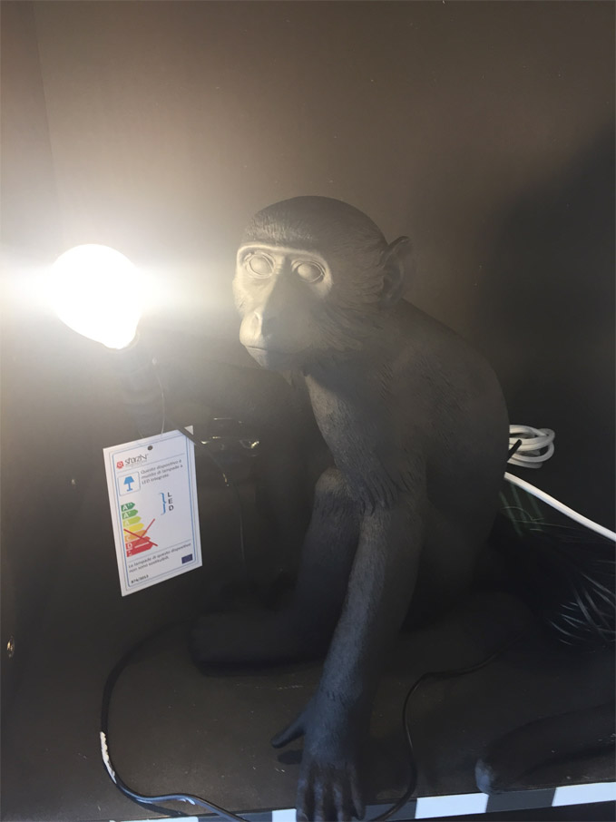 The Monkey Lamp Sitting Version (BLACK) - Deesup