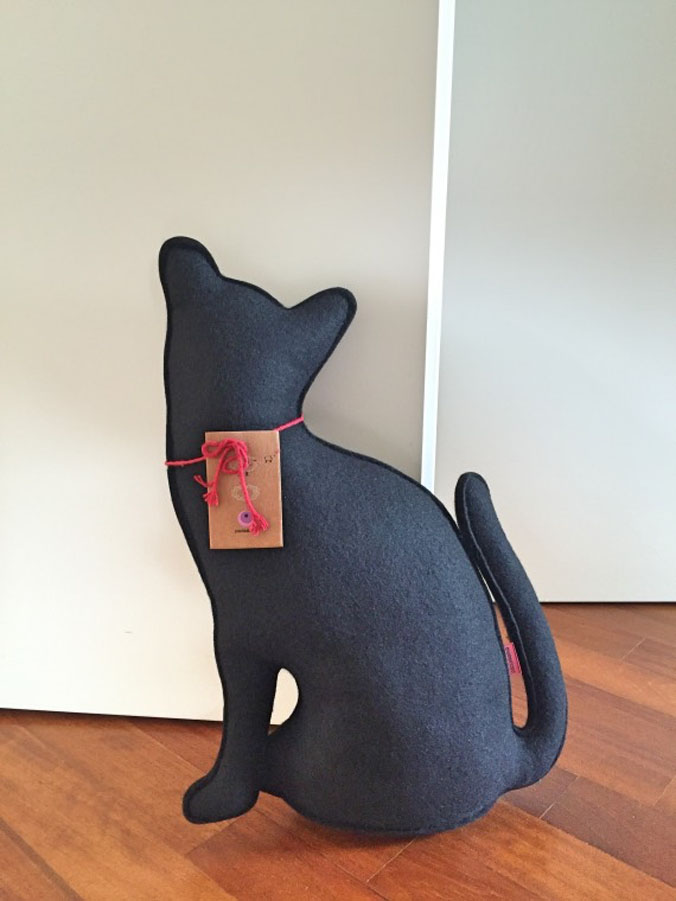 Mother cat (nero), Paola Abiko - Deesup
