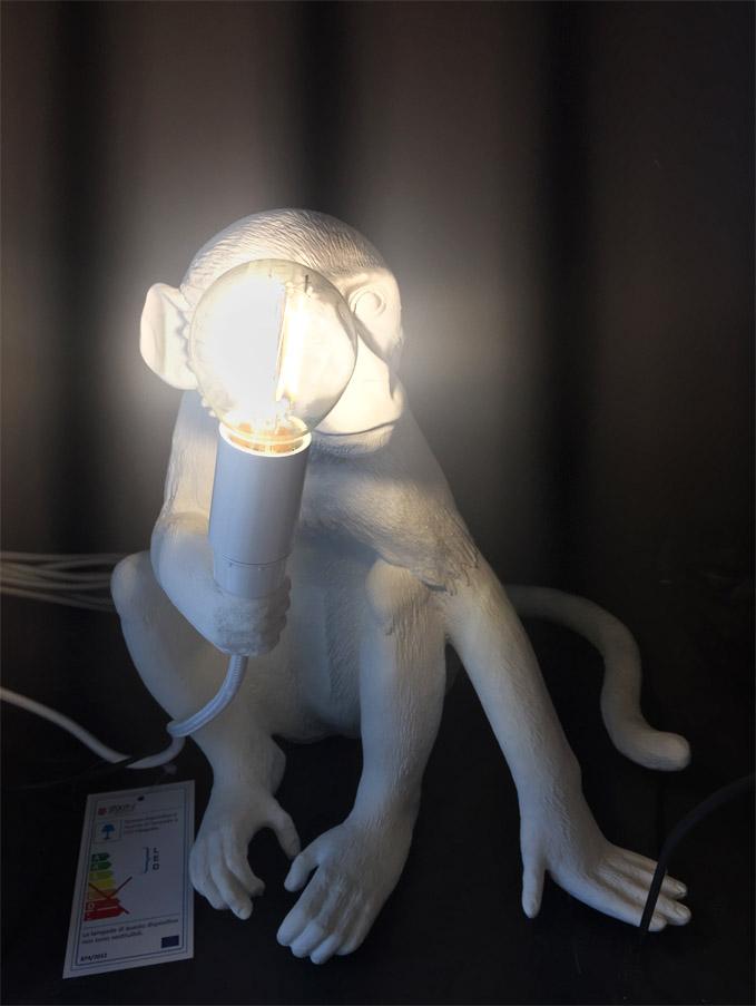 The Monkey Lamp Sitting Version (white) - Deesup