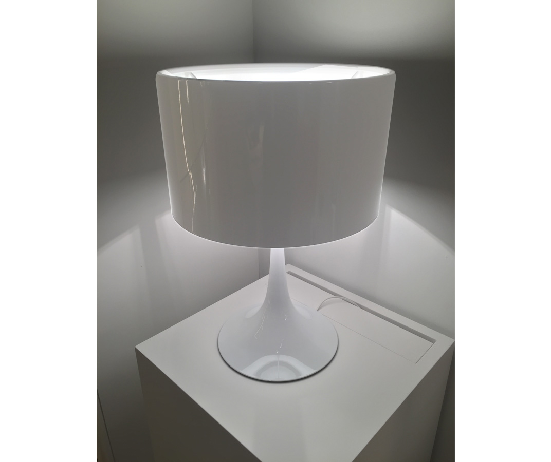 Spun Light Table 2 (bianco), Flos