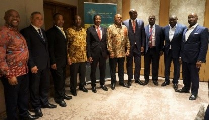 Afreximbank President Prof. Benedict Oramah (5th right) and Prof. Mthuli Ncube, Minister of Finance and Economic Development of Zimbabwe, (6th right), in group photo with some of the meeting participants, including Afreximbank Executive Vice Presidents Dr. George Elombi (1st right); Denys Denya (7th right) and Amr Kamel (2ndleft); as well as Dr. John Mangudya, Governor, Reserve Bank of Zimbabwe (3rd left).