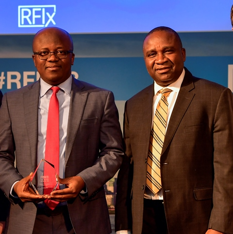 Humphrey Nwugo, Acting Regional Chief Operating Officer, Southern Africa (left), and Remmy Nwachukwu of the Anglophone West Africa Regional Office after receiving the award