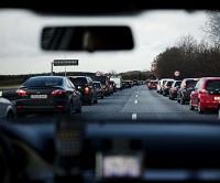 Der ka nredess liv ved, at flere bilister bliver bedre til at holde tilpas afstand til forankørende, understreger Vejdirektoratet