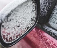 Det er nu tid til at skifte dæk, så du kører vinteren sikkert og effektivt i møde