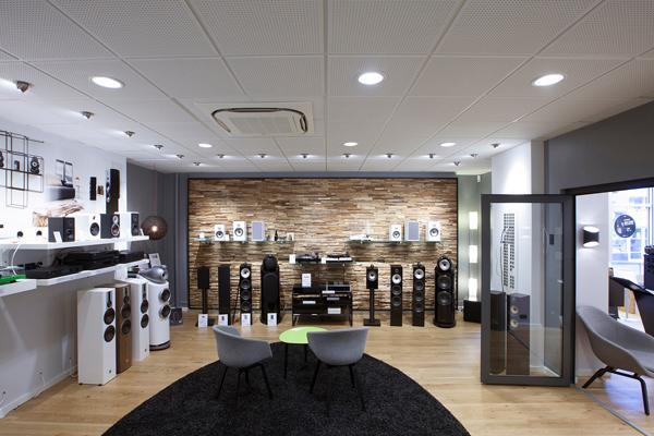 Ny akustikplade sikrer endnu bedre lydkomfort