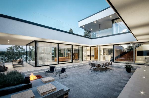 Skydedøre og store vinduespartier til private boliger
