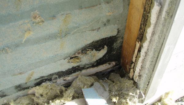 Skader på murværk skyldes alt for ofte dårlig og mangelfuld afdækning