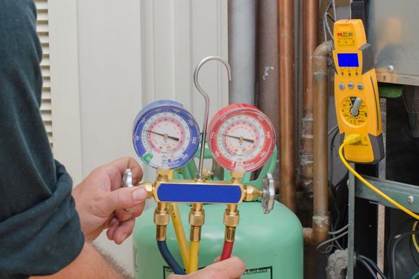 Nu falder prisen pr. installeret kW på store varmepumper