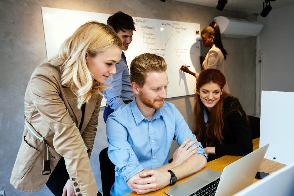 IKT-praksis - book din plads nu
